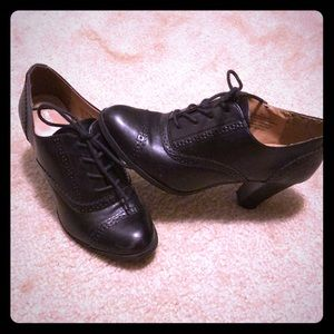 Ankle Boots! Black- cute work shoes